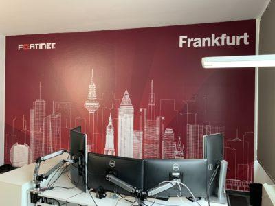 Folierung Fortinet Skyline Frankfurt