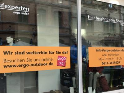 Schaufenster Beklebung ergo Fahrzeugbeschriftung-Wiesbaden