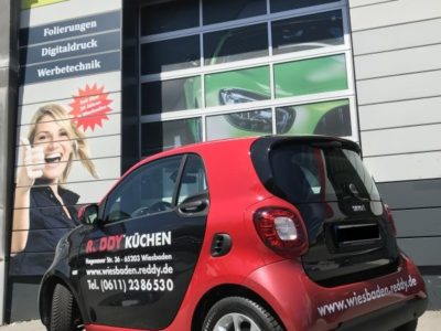 Folierung Smart Fahrzeugbeschriftung Wiesbaden